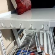 Панель с крючками